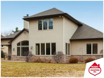Vinyl Vs. Fiber Cement: Which Siding Holds Up Better?